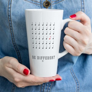 Be Different - Kubek latte